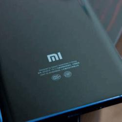 На просторах интернета ходит информация и снимки предполагаемого Xiaomi Mi Note 10
